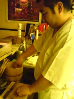 もうすぐ太郎の夜泣き寿司